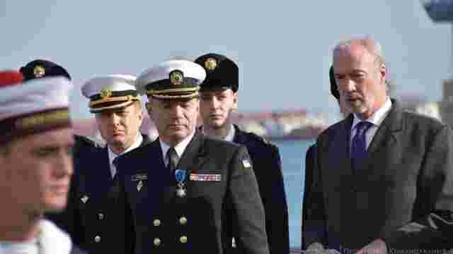 Президент Франції нагородив командувача ВМС України орденом «За заслуги»