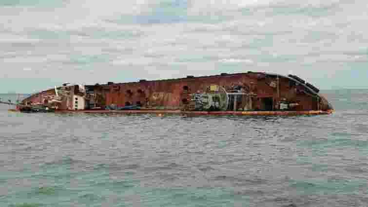 Суд виніс вирок капітану затонулого біля Одеси танкера «Делфі»