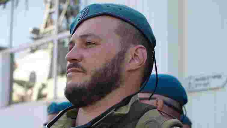 Після тридцяти операцій помер поранений на Донбасі український морпіх