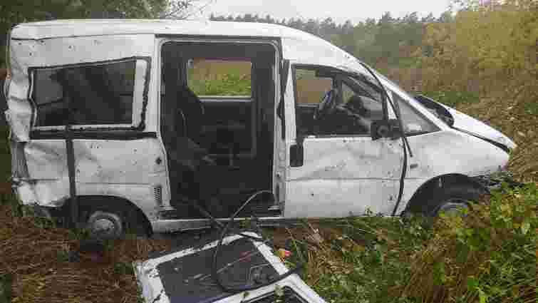 На Бродівщині внаслідок ДТП загинув пасажир Peugeot Expert