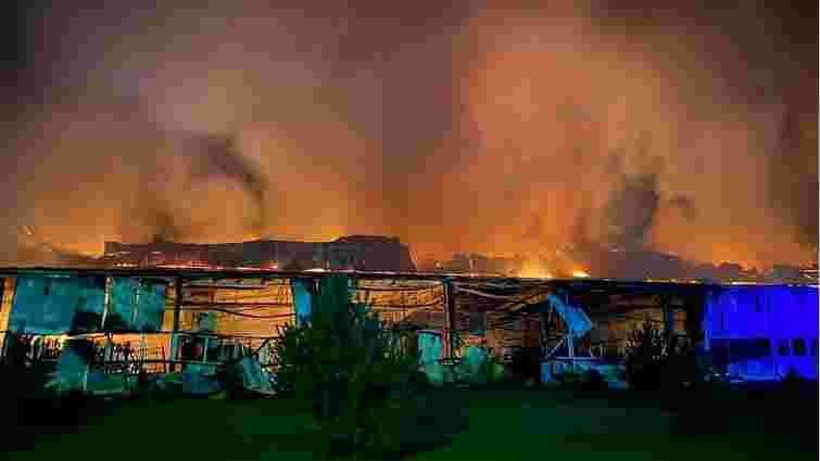В Мукачеві згорів цех австрійської лижної фабрики Fischer