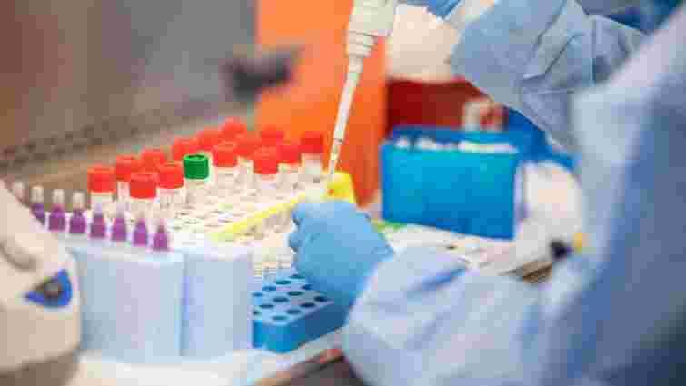 У львівському обласному лабораторному центрі спалах коронавірусу