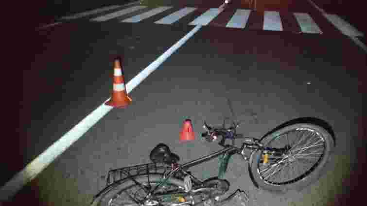 Водій мікроавтобуса збив на смерть 34-річного велосипедиста на Львівщині