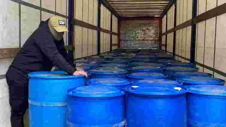 На Прикарпатті керівників горілчаного заводу викрили в незакононному збуті спирту