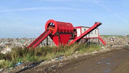 Синютка запропонував провести дебати на сміттєпереробному заводі. Садовий відповів