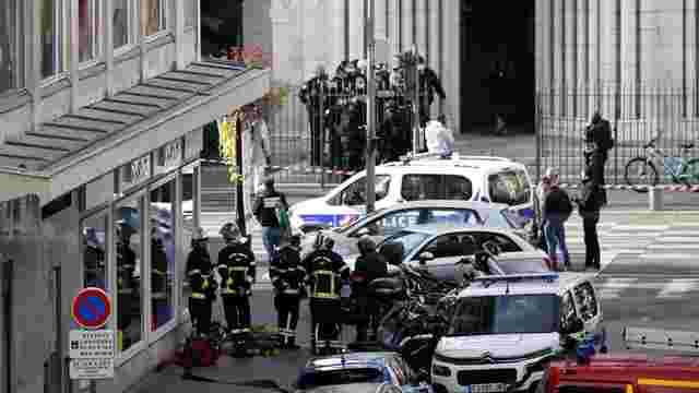 Терорист убив трьох відвідувачів церкви у французькій Ніцці
