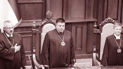 Конституційні судді-дивотворці