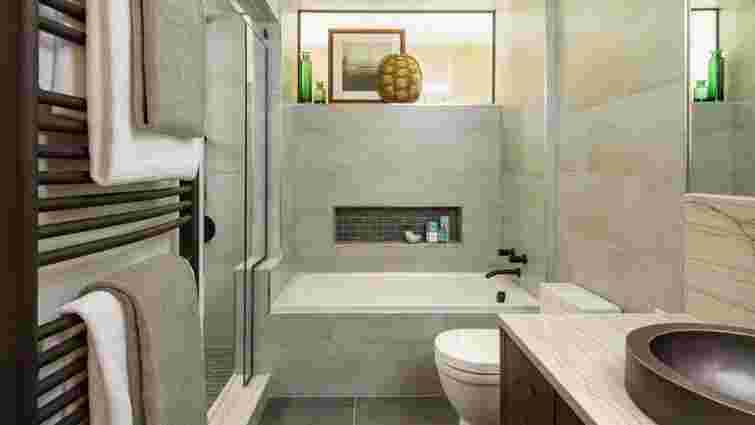 Обмежені простором і бюджетом: 8 доступних рішень для маленьких ванних кімнат