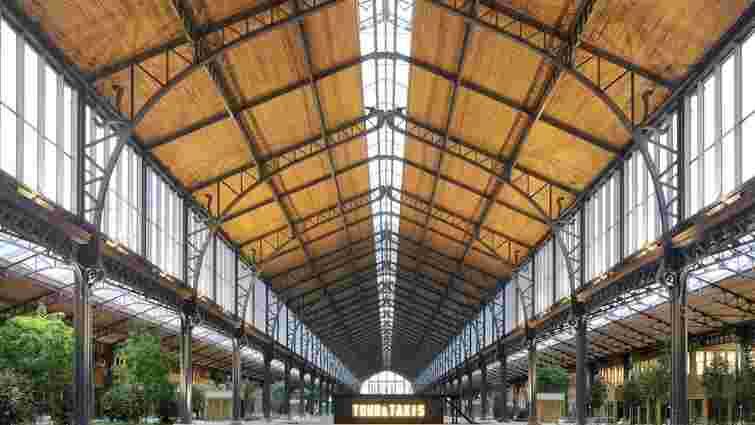 Колишній залізничний вокзал у Брюсселі перетворили у дерев'яний ТРЦ