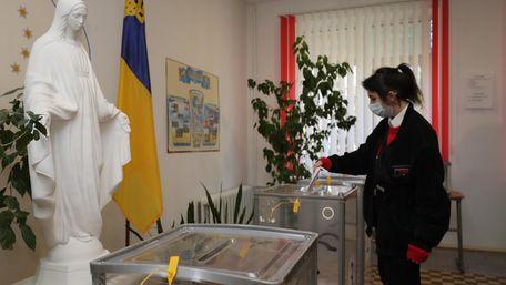 Явка у другому турі виборів мера Львова склала майже 39%
