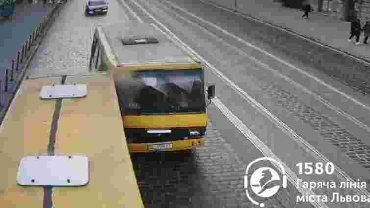 У аварії з маршрутками у Львові постраждали двоє дітей