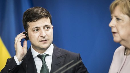 Зеленський зізнався Меркель про відсутність прогресу у вирішенні конфлікту на Донбасі