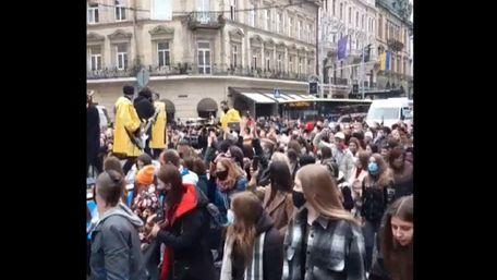 Директора гурту «Без обмежень» не оштрафували за масовий концерт у Львові