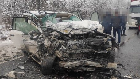 Двоє людей загинули в автокатастрофі біля Сколе