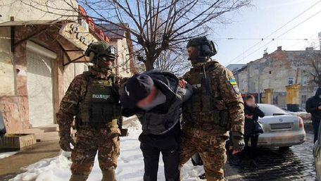 Бійці КОРДу затримали у Львові вісьмох наркодилерів