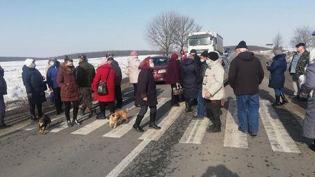 Протестувальники заблокували трасу Броди-Тернопіль на Львівщині