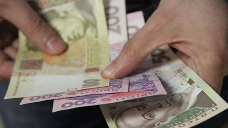 У березні українці почали отримувати підвищені пенсії
