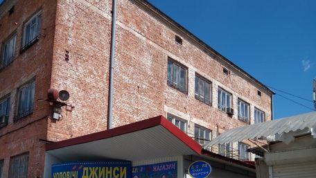 «Краківський ринок» відмовився платити 100 млн грн за інститут конвеєробудування