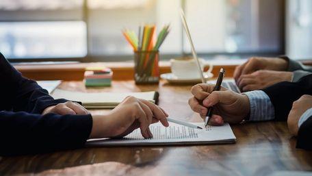 Малим підприємцям зі Львівщини допоможують розрахуватися за кредитами