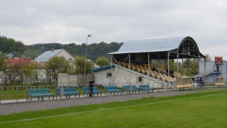 Аудитори виявили порушення під час тендеру на ремонт стадіону у Винниках