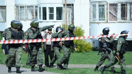 Десятеро учнів і вчителька загинули внаслідок стрілянини в російській школі