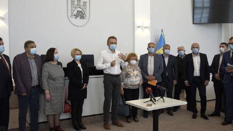 Львівські лікарні реорганізують у три медичні об'єднання