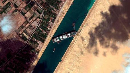 Суецький канал планують розширити після інциденту із контейнеровозом Ever Given