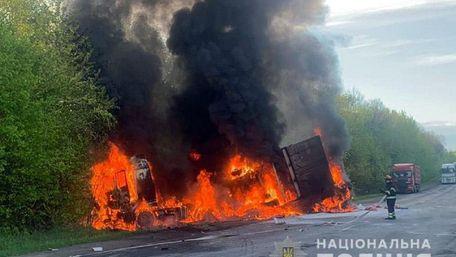Четверо людей загинули в масштабній ДТП на Хмельниччині