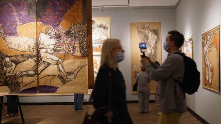 У Львові триває виставка Євгена Равського «Від міфу до міфу»
