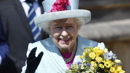 Королева Великої Британії посвятила в лицарі розробників вакцини AstraZeneca