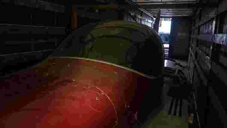 Волинські митники вилучили на кордоні легкомоторний літак