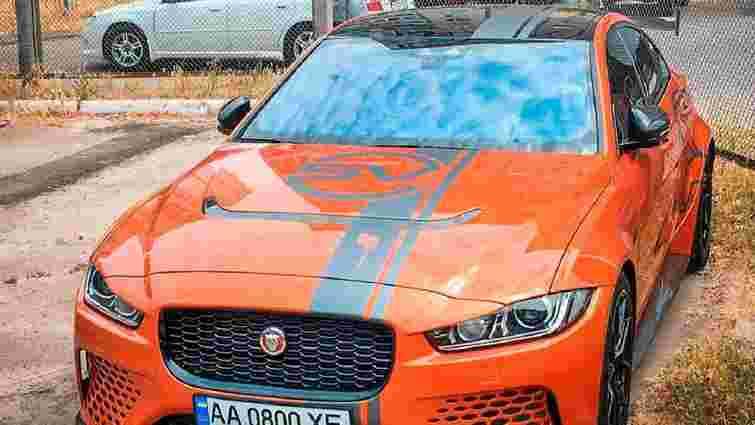 У Києві помітили рідкісний Jaguar XE SV Project 8
