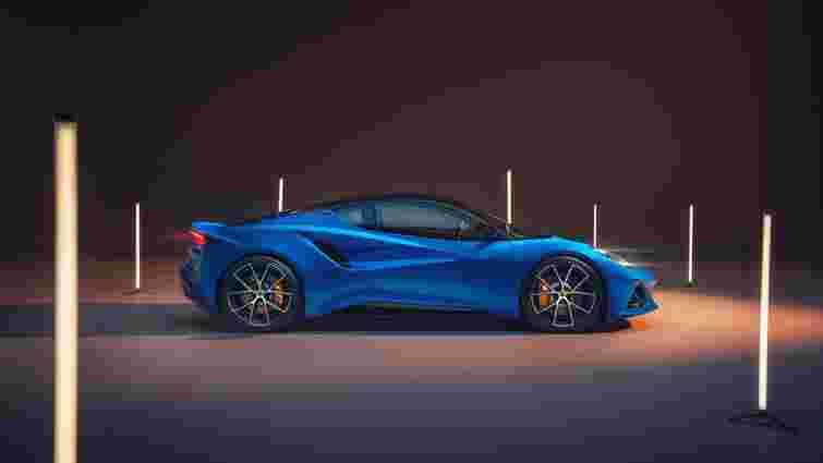 Суперкар Lotus Emira отримав мотор від Mercedes-AMG