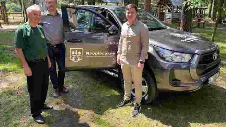 3 нових автомобілі отримав Яворівський національний природний парк від Уряду Німеччини