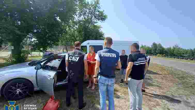 Заступника директора шахти біля Червонограда затримали на хабарі