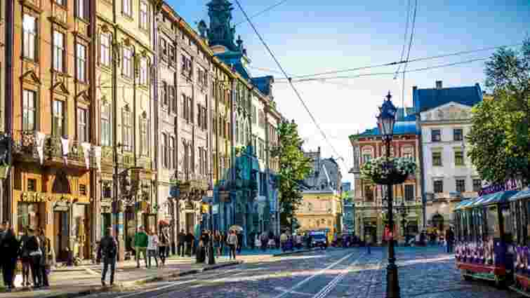 Синоптики повідомили, коли спаде спека на Львівщині
