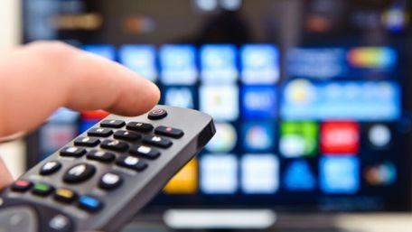 Шість українських телеканалів порушили мовний закон