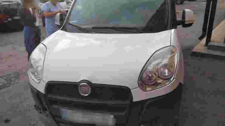 Дворічна дівчинка загинула на Закарпатті внаслідок наїзду авто