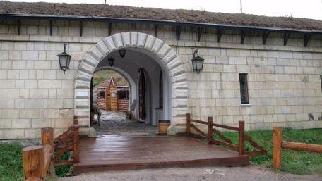 Частину Золочівського замку виставили на продаж за 400 тис. доларів