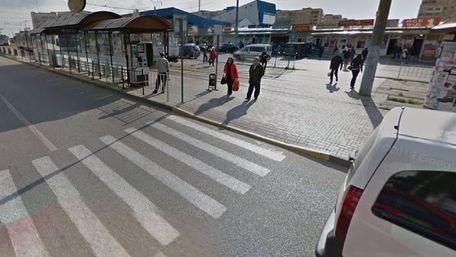 Ford Transit на смерть збив пішохода біля львівського «Аквапарку»