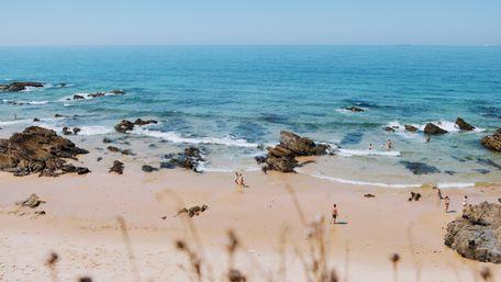 Португалія відкрила свої кордони для туристів із України
