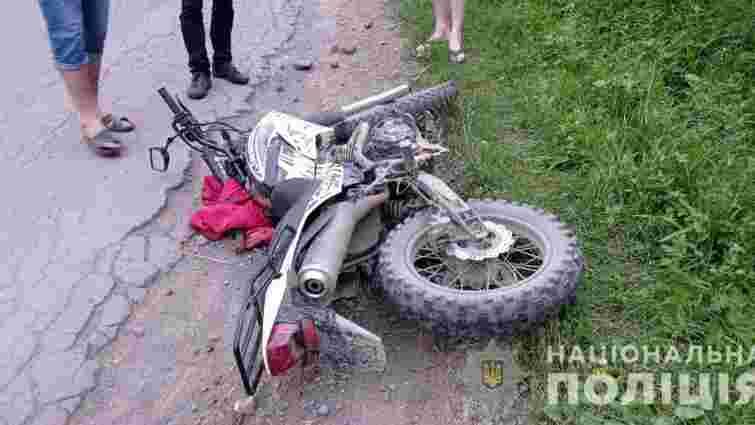 У лобовому зіткненні двох мотоциклів на Закарпатті загинув 17-річний підліток