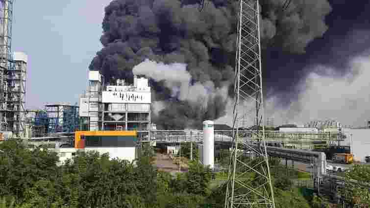 У промисловому парку в німецькому Леверкузені стався потужний вибух
