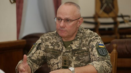 Президент звільнив головнокомандувача Збройних сил України
