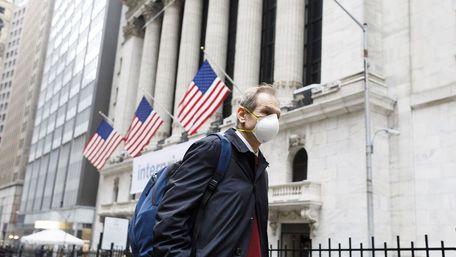 Через штам «Дельта» у США рекомендують носити маски навіть вакцинованим