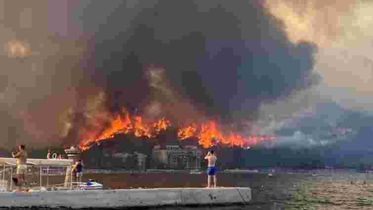 МЗС готується повертати українців в разі погіршення ситуації із пожежами в Туреччині