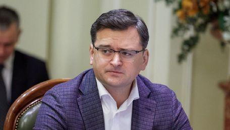 Вперше за 30 років незалежності Україна отримала стратегію зовнішньої політики