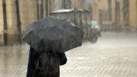 Синоптики оголосили у Львові та області штормове попередження