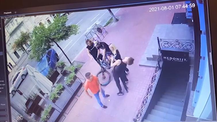 Військовий Управління державної охорони побив танцюриста співачки Наді Дорофєєвої