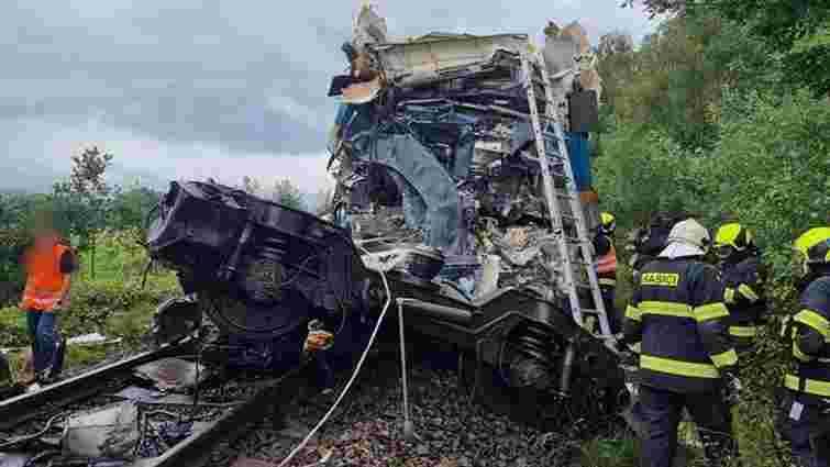 Троє людей загинули і 40 травмовані в аварії двох пасажирських потягів у Чехії